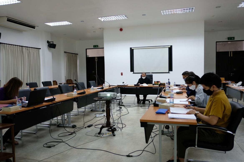 ประชุมคณะกรรมการตรวจรับพัสดุ (กรณีตรวจงานจ้างก่อสร้าง) งานจ้างปลูกสร้างเรือนฝาไหล (เรือนแม่นายคำเที่ยง) ครั้งที่ 3/2563