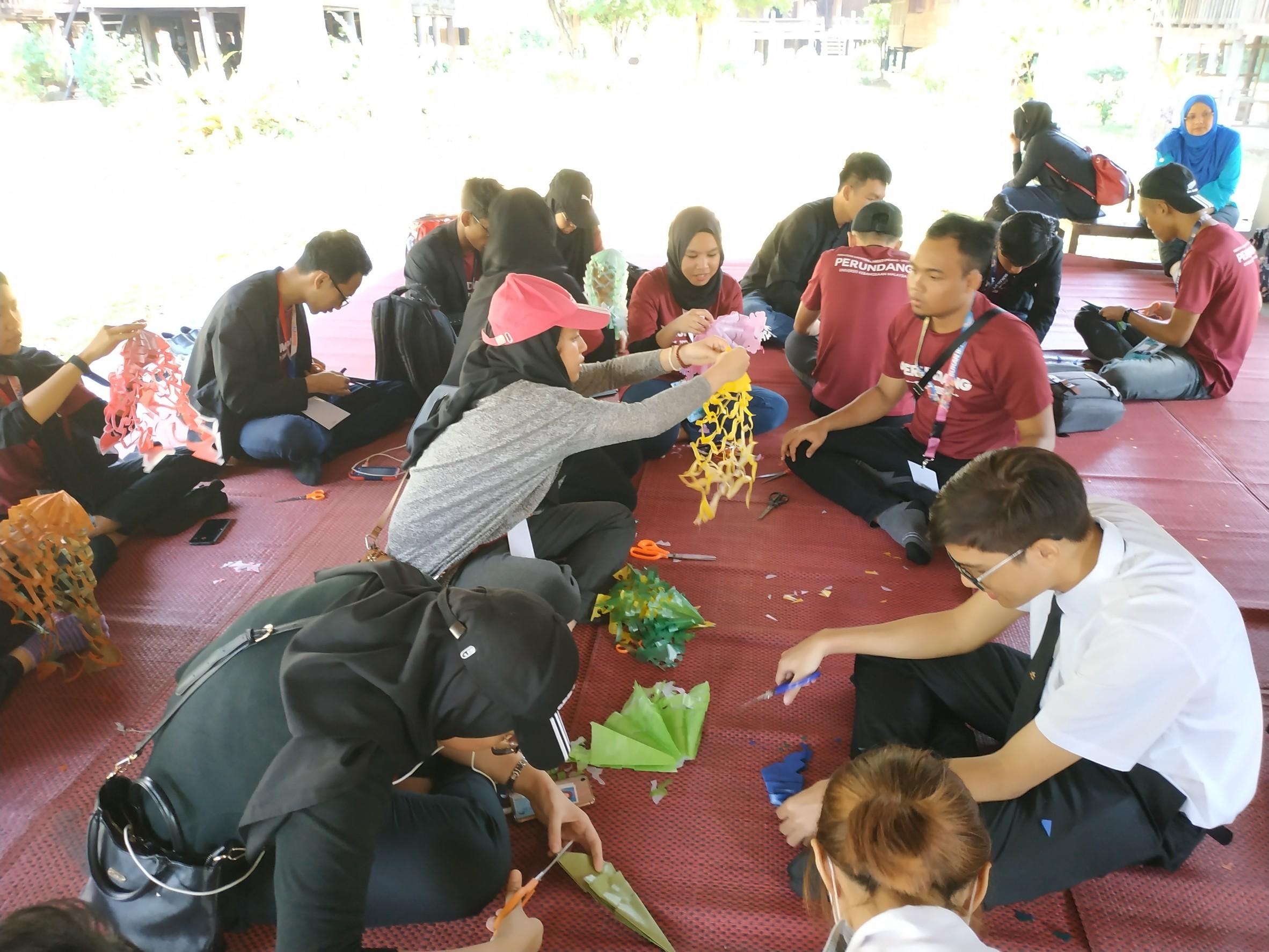 กิจกรรมศิลปวัฒนธรรมให้แก่นักศึกษาต่างชาติ