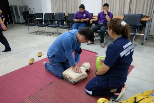 โครงการอบรมการปฐมพยาบาลเบื้องต้น และการช่วยชีวิตขั้นพื้นฐาน