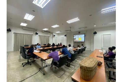 การประชุมคณะกรรมการดำเนินงานโครงการกิจกรรมบูรณาการจัดทำสื่อการสอนภาษาต่างประเทศแบบ e-Learning ผ่านสื่อละครหุ่นกระบอกและวัฒนธรรมล้านนา