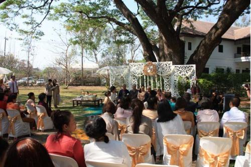 พิธีมงคลสมรสและเลี้ยงอาหารกลางวัน วันที่ 18 มีนาคม 2560
