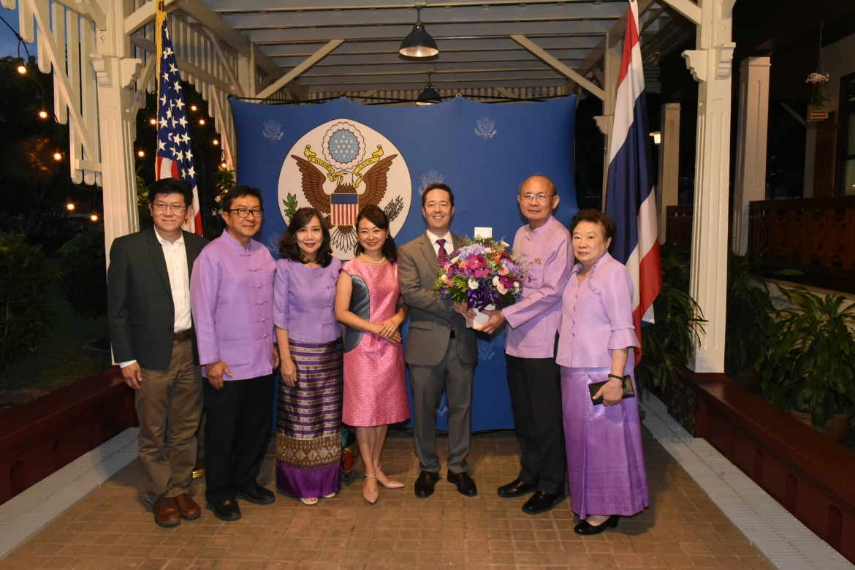 ร่วมงานเลี้ยงต้อนรับ Mr.Sean K. O'Neil กงสุลใหญ่สหรัฐอเมริกาประจำจังหวัดเชียงใหม่ และ Ms. Sachiko Kubo ในโอกาสเข้ารับตำแหน่งใหม่