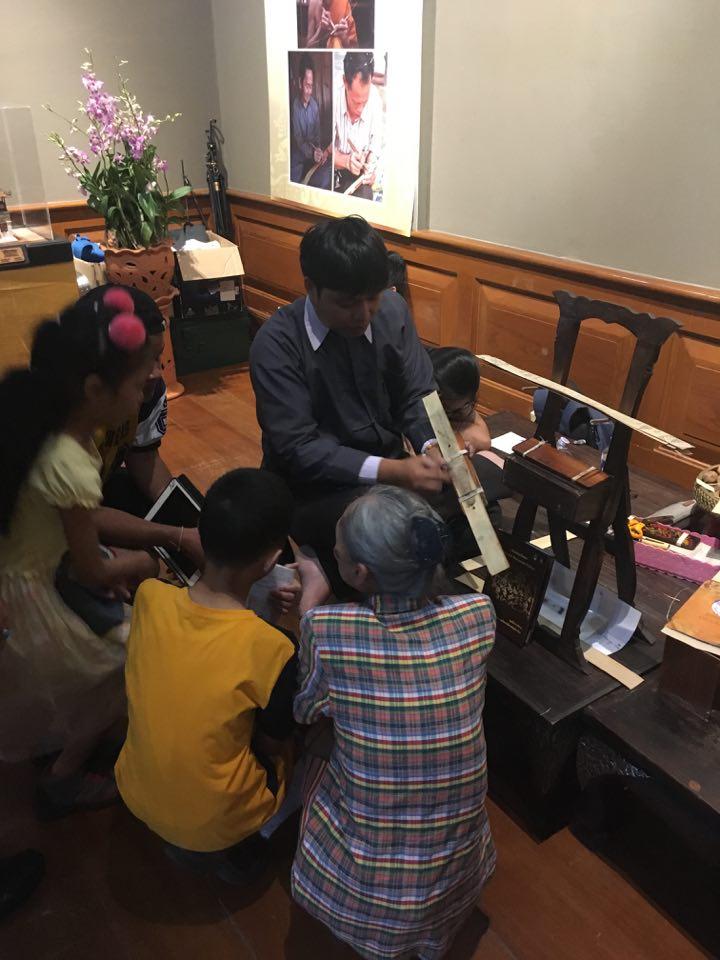 ร่วมจัดนิทรรศการคัมภีร์ใบลานและเอกสารตัวเขียนในอาเซียน