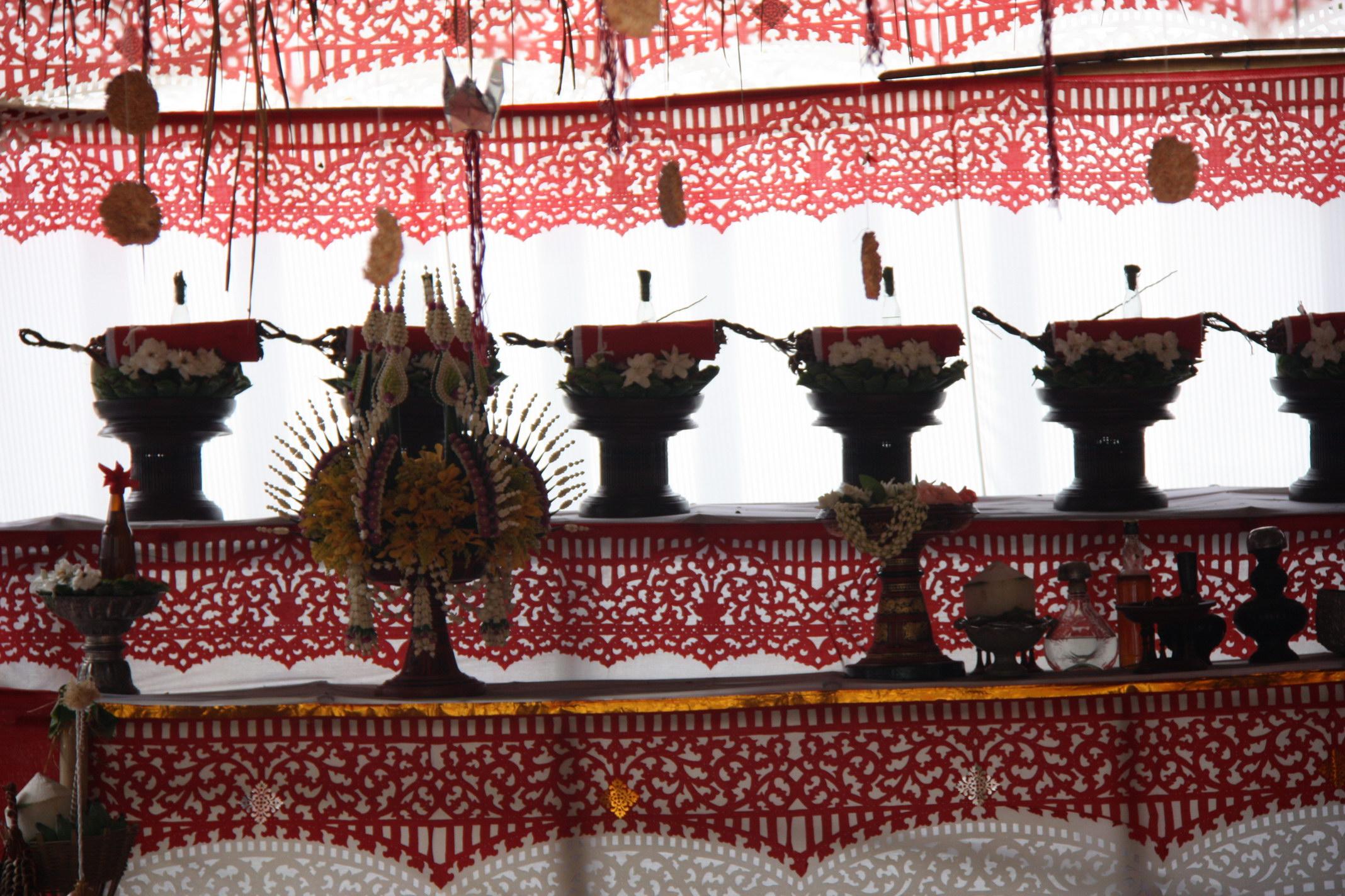 ร่วมประเพณีฟ้อนบวงสรวงบรรพกษัตริย์อารักษ์หลวงแห่งนครเชียงใหม่ ประจำปี 2559